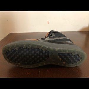 Nike Shoes - Nike Trainer Clean Sweep Premium